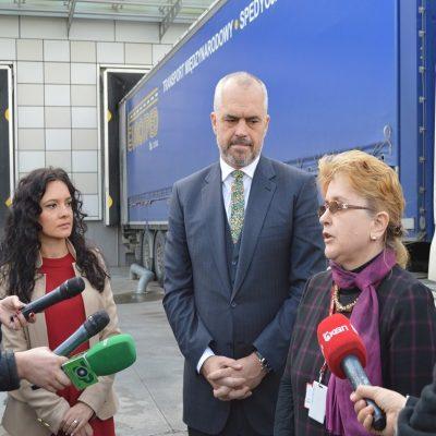 Kërdia me tenderat, Edi Rama i jep 128 milionë euro Vilma Nushit. Përvit nga 100 tendera